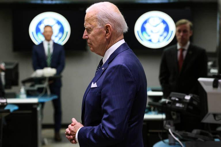 O presidente dos EUA, Joe Biden, durante visita ao Escritório da Diretoria de Inteligência Nacional